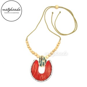 Red Silver Pendant Wooden Beaded Necklace