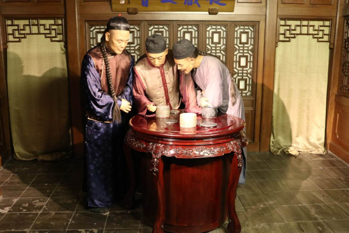 Wax figures at Shanghai Municipal History Museum