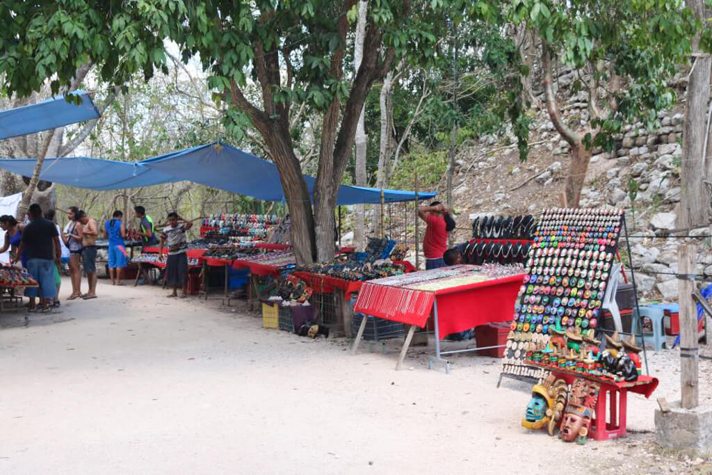 Vendors selling souvenirs at Chichen Itza