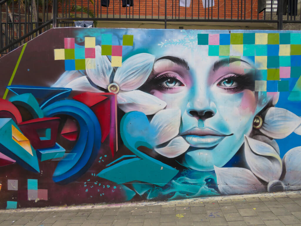 Painting in Comuna 13