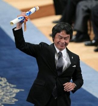 Miyamoto recebe o Príncipe de Astúrias por Comunicação e Humanas em 2012.