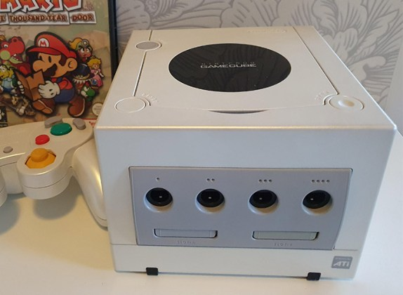 GameCube Pearl White