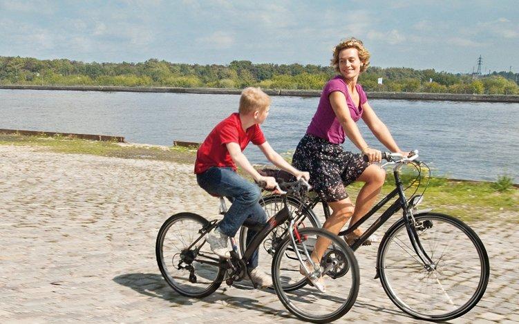 【少年と自転車】父親に捨てられた少年の心の葛藤に胸が痛くなる