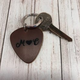 IMG 1271 e1540039266493 - Personalised Initails Brown Leather Guitar Plectrum Keyring