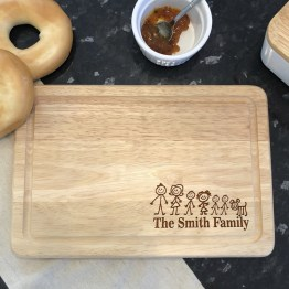 This stunning personalised Family chopping board. Whether it for a wedding or anniversary or birthday gift, they will love this unique personalised gift! This beautifully personalised cheese board is the perfect wedding or anniversary gift.