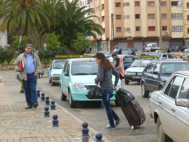 The street arrival area at the Gare de Meknes.