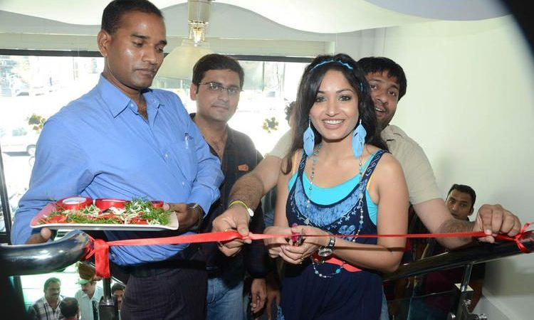 Arvind  Team Launches Supreme Music Store At Banjara Hills