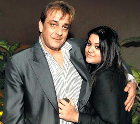 Sanjay Dutt Gets Parole For The Weirdest of Reasons!
