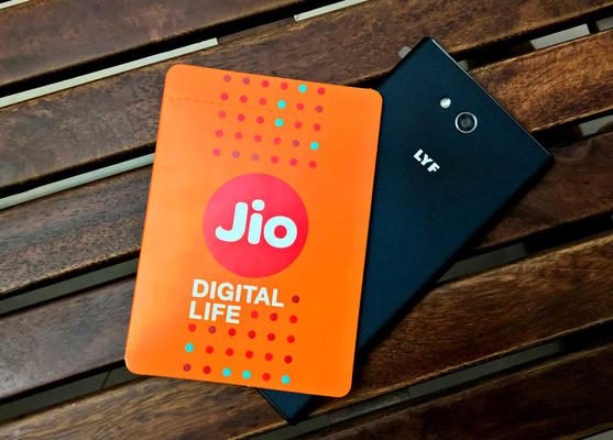 Jio's special offer is creating hullabaloo among its competitors.