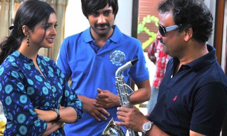 Telugu Movie Chammak Challo Photos