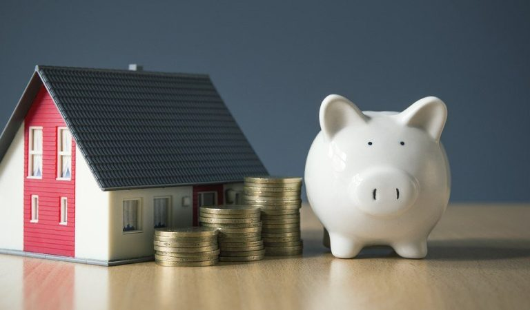 Tips for Women to Achieve Financial Security