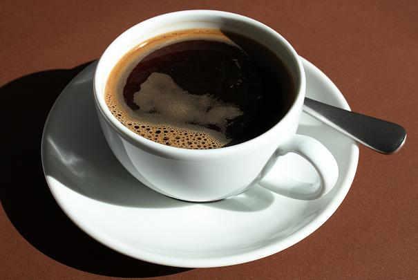 Nettoyer Les Traces De Th Ou De Caf Dans Une Tasse