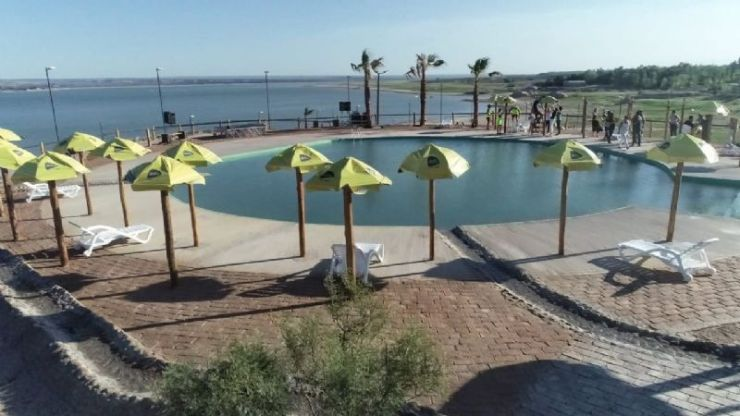 Fotos: el domingo reabre la Playa del Carrizal