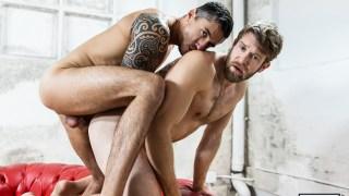 L'alchimie sexuelle parfaite entre Colby Keller et Jay Roberts