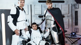 Star Wars Gay XXX – Episode 6 avec Colby Keller , Jay Roberts & Kaden Alexander