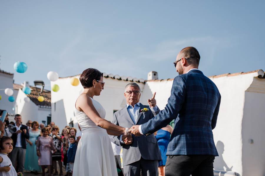 casamento aldeia de pedralva pai entrega noiva ao noivo com aviso