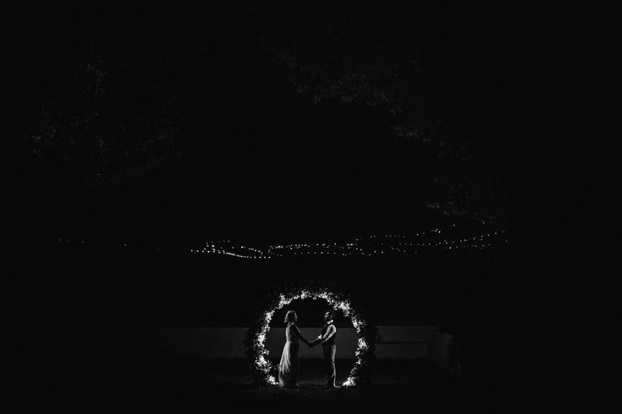 fotografia de casamento quinta da Pacheca noivos e luzes
