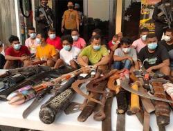 Polisi Bongkar Rumah Bedeng Sarang Narkoba di Kampung Ambon