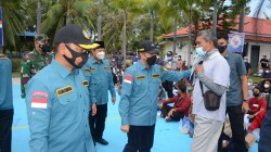 Gubernur Riau Tinjau Serbuan Vaksin TNI AL Dumai1