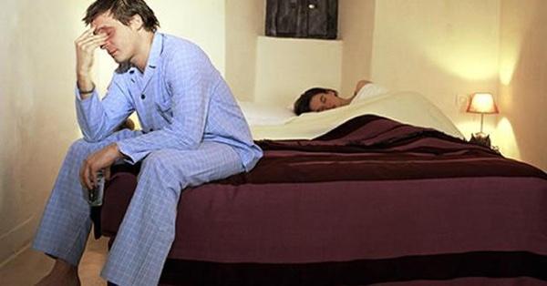 Levantarse a orinar por la noche puede aumentar el riesgo cardiovascular