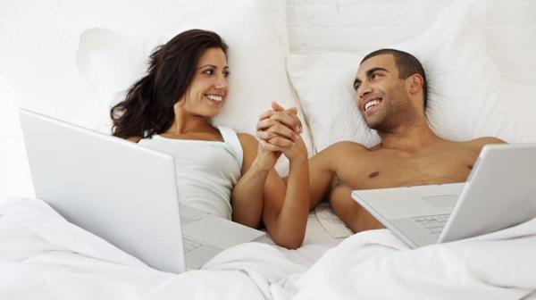 ¿Por qué siempre deberíamos acostarnos a la vez que nuestra pareja?