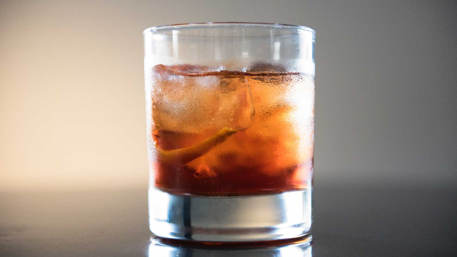 All the Different Ways to Enjoy an Old Fashioned  and a Classic Recipe