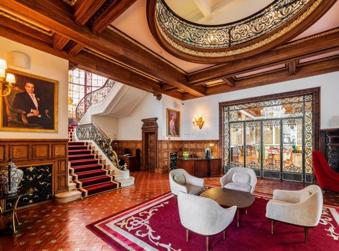 Infante Sagres hotel in Porto