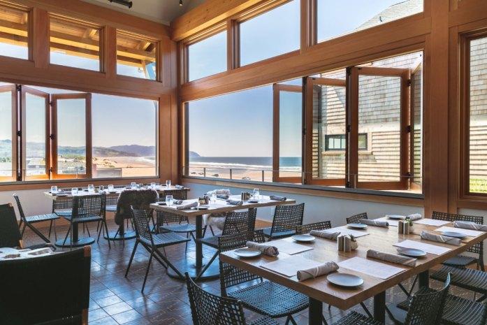 Headlands Lodge dining room