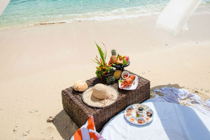 Private island picnic on Bird Island