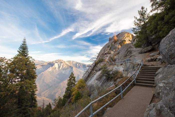 Moro Rock in Sequoia National Park