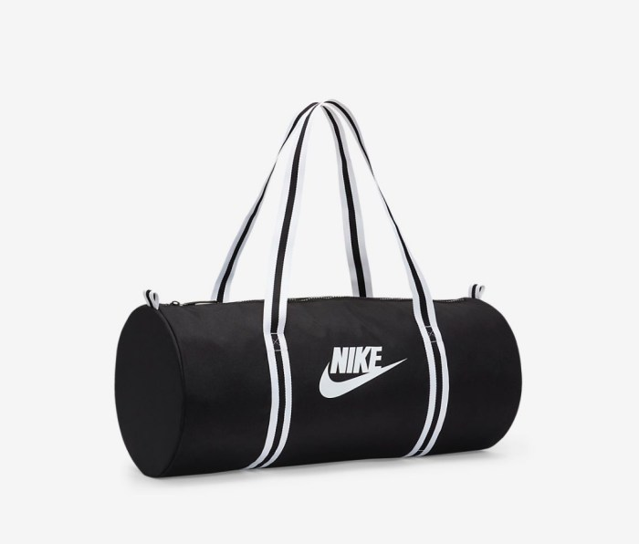 nike heritage duffel bags for the gym