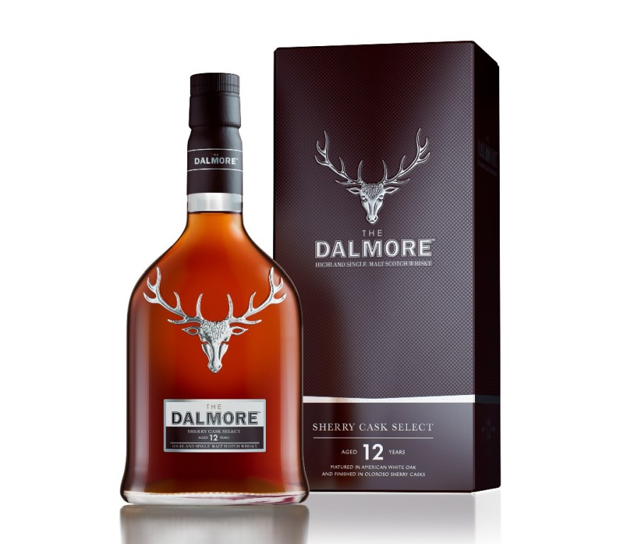A bottle of Dalmore 12-Year-Old Sherry Cask Select alongside its box. Both have an image of an elk head.