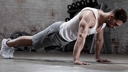 mj-618_348_classic-push-up-the-only-8-moves-you-need-to-be-fit