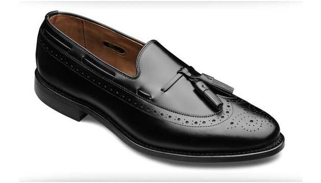 Brogued Tassel Loafer shoe black