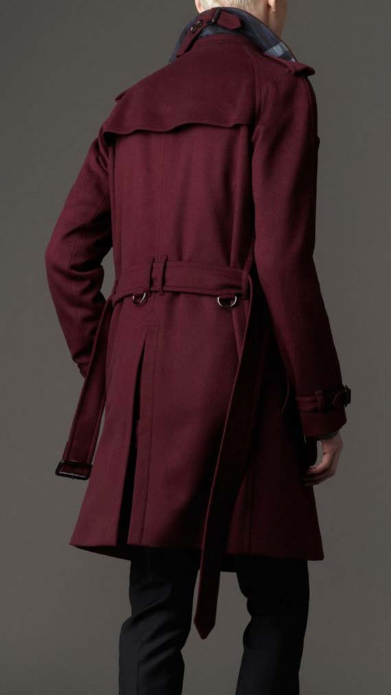 Trench coat in red color for men