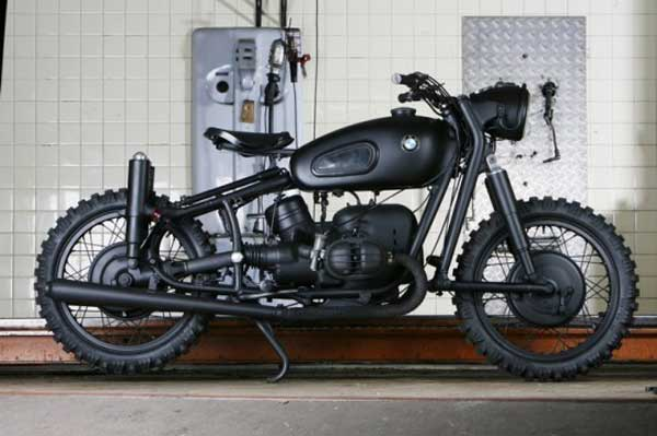 Dark/Stealth/WWII secret weapon – looking BMW 2 Series from 1963