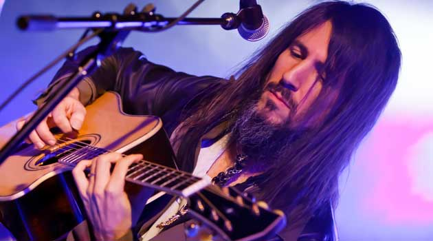 Rock Star Fashion – Interview with Bumblefoot from Guns 'N Roses