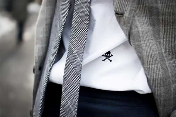 Ties for men - chequered style grey tie with skull headshirt