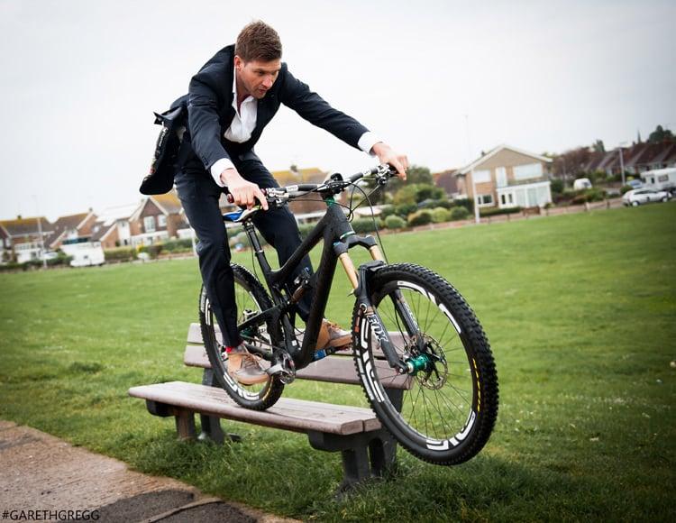 Greg Minnaar - Gracie Opulanza DownHill Mountain Bike World Champion (18)