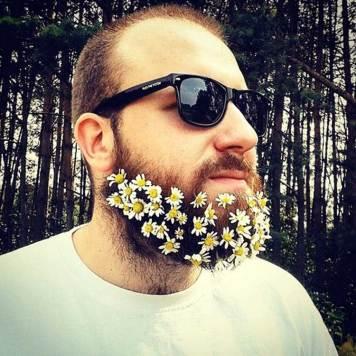 Beard-Fashion-men-with-Flowers-on-their-beard-5