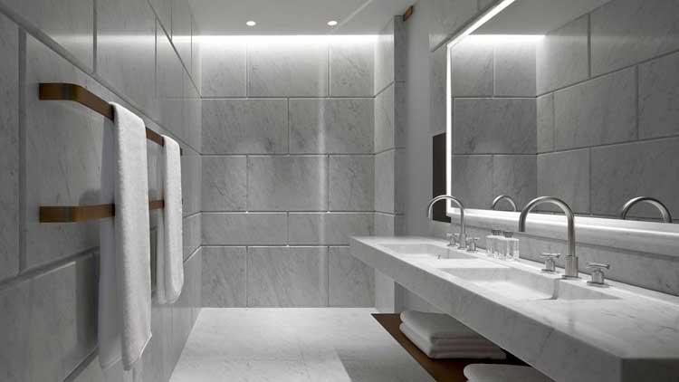 010477-07-guestroom-bathroom