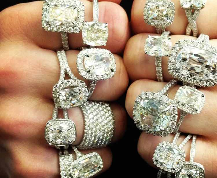The Perfect Engagement – The '7 Cs' Behind The Right Ring