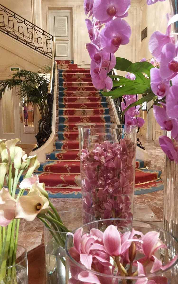 Madrid-Ritz-Hotel---MenStyleFashion.jpg-floral