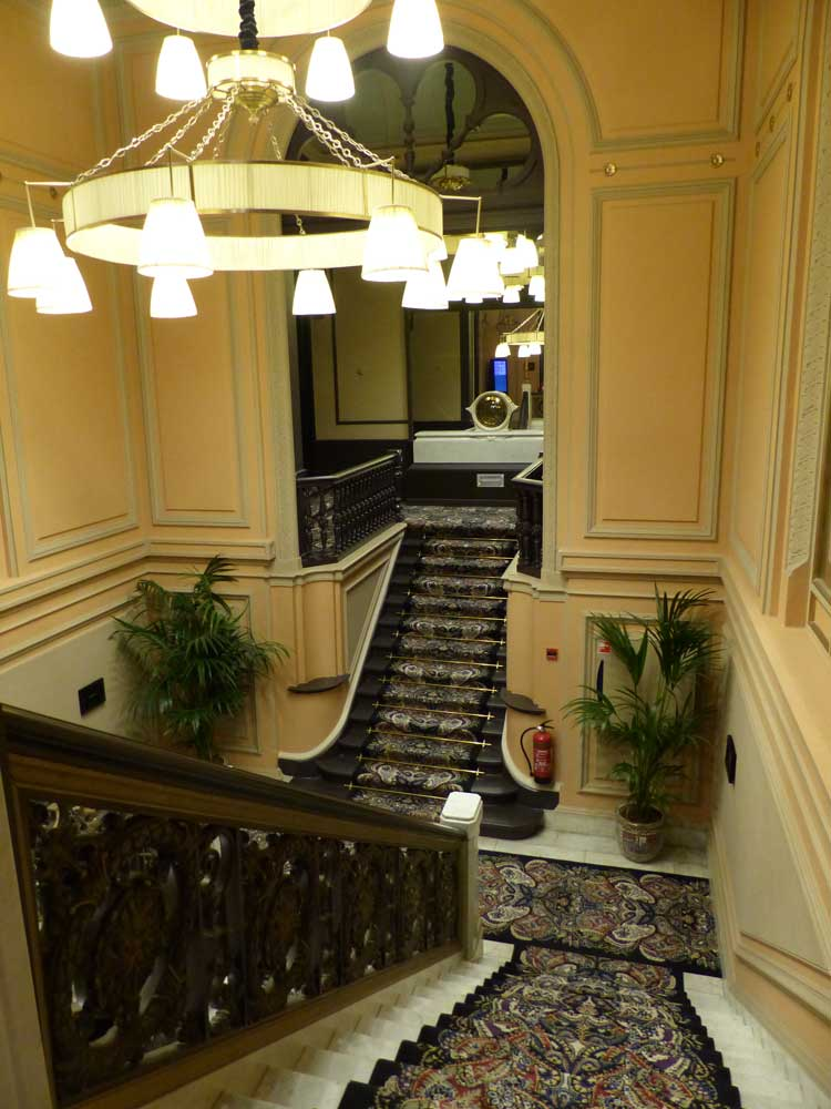 Hotel-Des-Indes-The-Hague-MenStyleFashion--marble