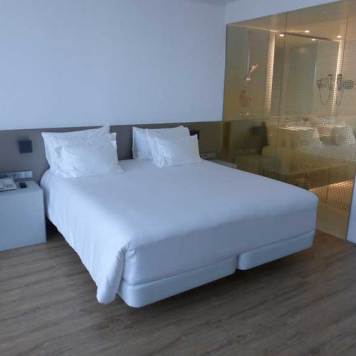 Nhow-Rotterdam-MenStyleFashion-Review-2015.-double-bed-and-glass