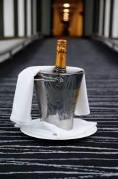 Hilton-Syon-Park-MenStyleFashion-Luxury-Week-London.-champagne