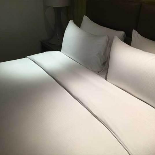 May-Fair-Bed-CLose-Up