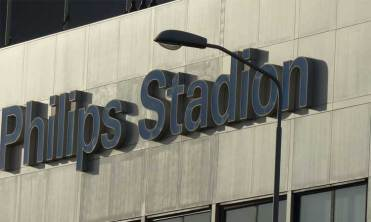 Philips-Stadium-MenStyleFashion