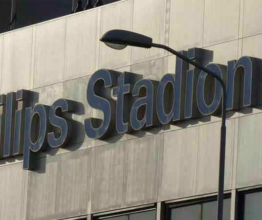 Philips-Stadium-MenStyleFashion