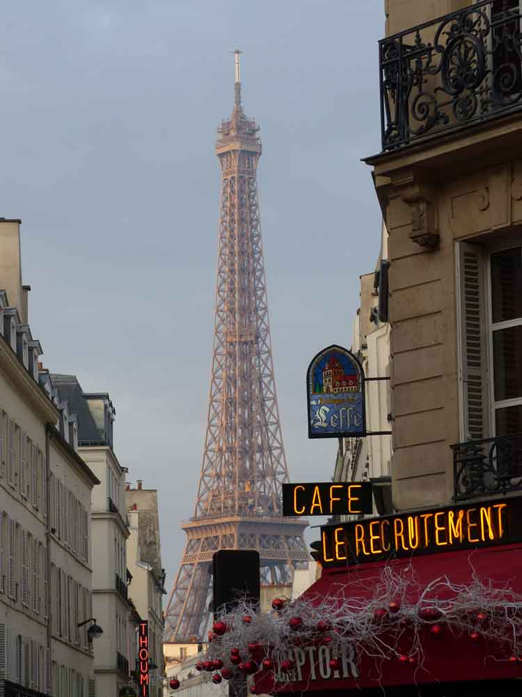 Eiffel Tower Paris photography by Gracie Opulanza 2016